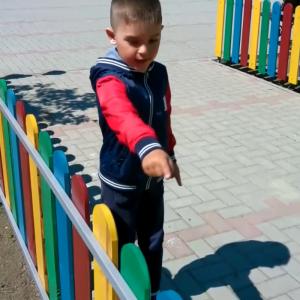 Terenurile de joacă pentru copii din orașul Căușeni îngrădite de autorități